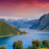 Lombardei_Iseosee roter Himmel_shutterstock2016_207673252