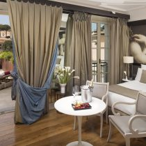 Latium_Hotel Gran Melia_115aGranMeliaRomeVillaAgrippina-Supreme_Room_with_Private_Terrace_and_Whirlpool