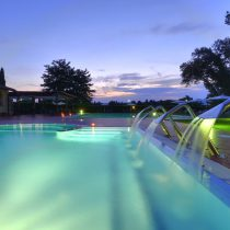 Toskana_PoggioDeiMedici Resort_Pool night
